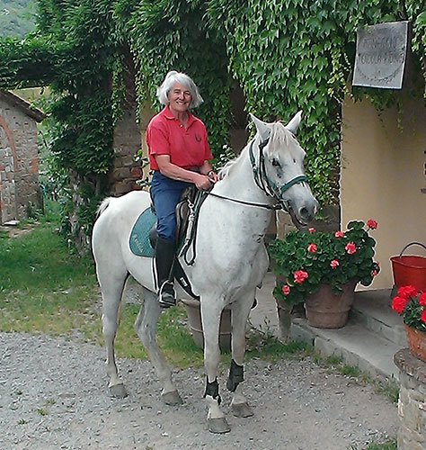 Trekking on horseback in Italy